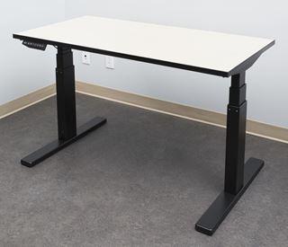 Image sur Table ELEVATION, fini ULTRA WHITE, S575